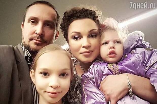 Бывшая жена Данко отказалась подавать в суд на алименты