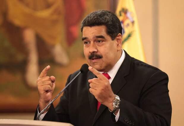 Представители Трампа обсуждают с военными Венесуэлы возможность свержения Мадуро