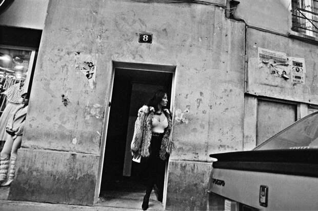 Труженицы секс-индустрии с улицы Сен-Дени. Фотограф Массимо Сормонта 14