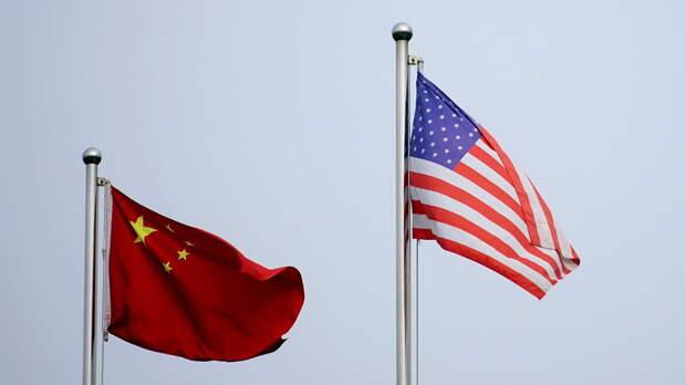В МИД КНР выступили против официальных и военных контактов США и Тайваня