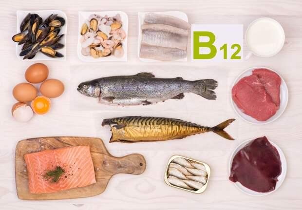 Дефицит витамина B12 вызывает анемию и проблемы с нервами