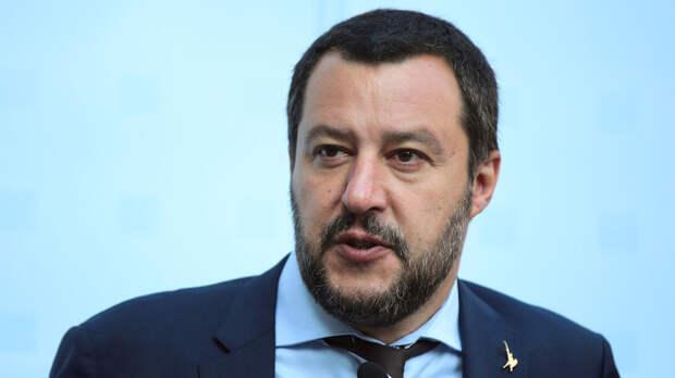 Вице-премьер Италии назвал «евромайдан» оплаченной из-за рубежа псевдореволюцией