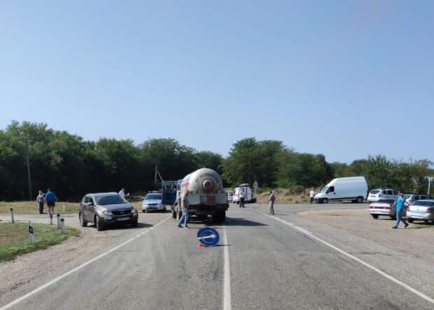 На Кубани в аварии погибли два человека
