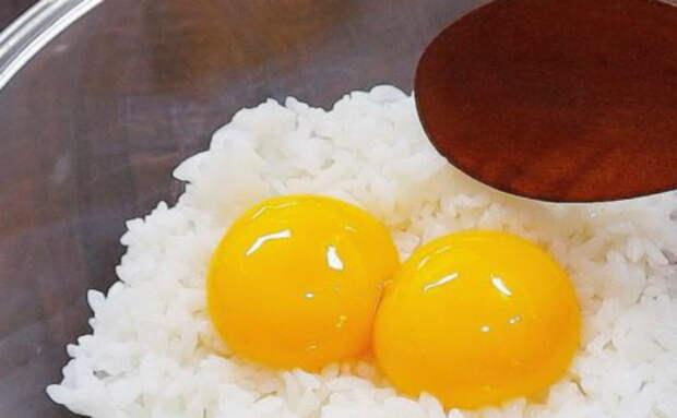 Стакан риса и 2 яйца: смешали и ужин готов уже через 5 минут