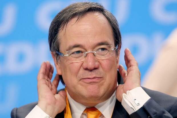 Еще не канцлер Германии, а уже угрожает России