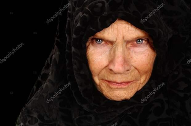 Картинки по запросу злая бабушка