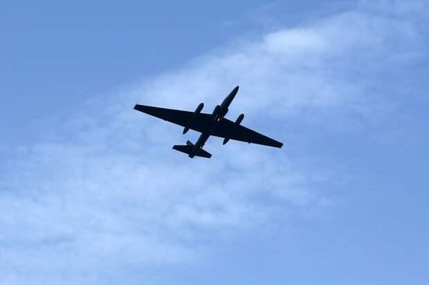 Самолет-разведчик США вторгся в воздушное пространство Китая