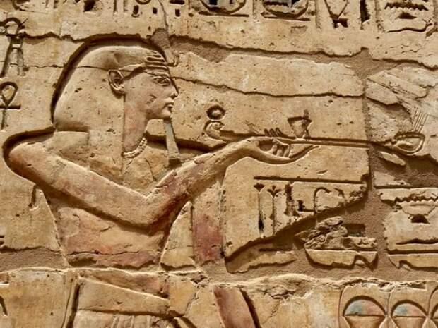 Практика курения в Египте была, но о табаке речь не шла. /Фото: ok.ru