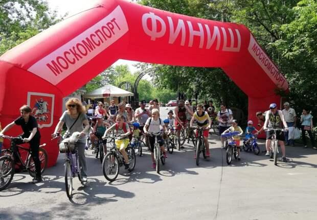 Велопарад в честь Дня физкультурника пройдет в парке «Кузьминки-Люблино»