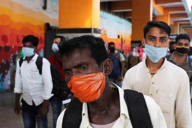НаюгеИндии госпитализировали более 300человек из-занеизвестной болезни