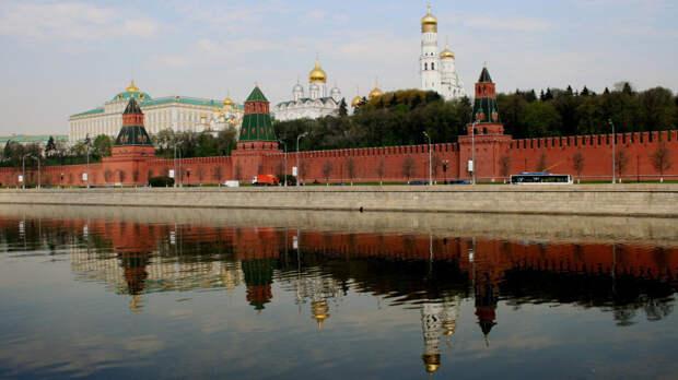 Кремль назвал провокацией высылку российских дипломатов из Чехии