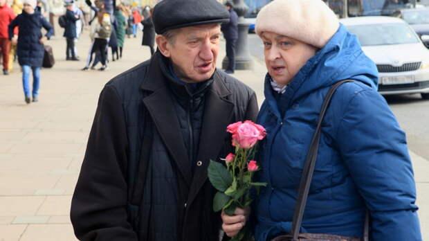 По тысяче каждому, но не всем: Кто в марте получит прибавку к пенсии