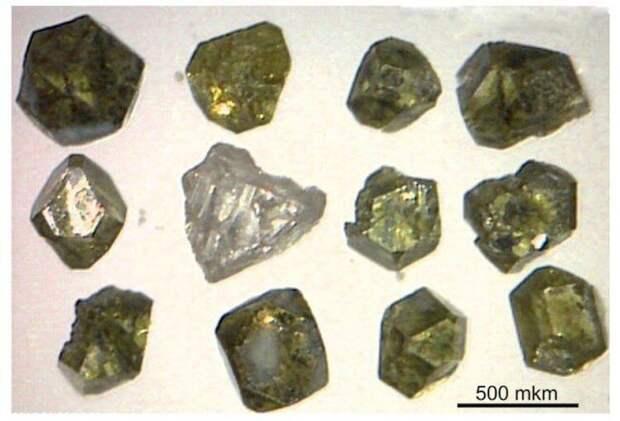 Российский вулкан извергается необычными алмазами