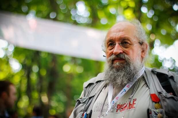 Вассерман - о скором открытии в Москве памятника Солженицыну: я рекомендовал  заранее завезти большой запас моющих и чистящих средств
