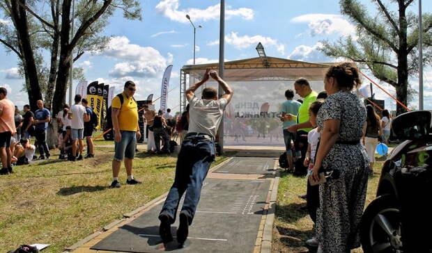 Тюменские семьи активно участвуют вфестивале «Выбираем спорт»