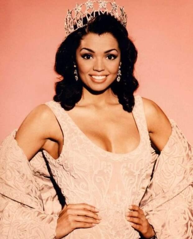 Победительница конкурса «Мисс Вселенная 1995» умерла в 45 лет от рака