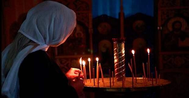 Как ставить свечи в церкви: за себя, родных и близких
