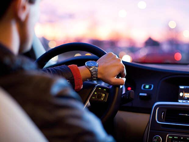 «Коммерсант»: Минздрав опять хочет обязать кандидатов в водители сдавать анализы на алкоголизм