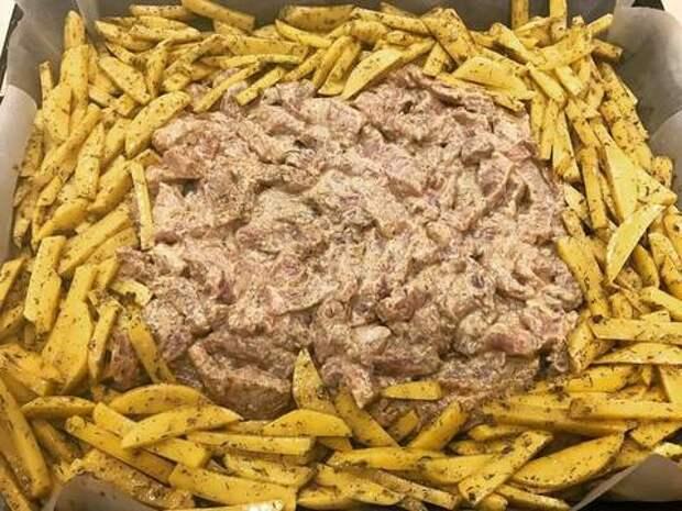Свинина в горчичном соусе с картофелем в духовке recipe step 6 photo