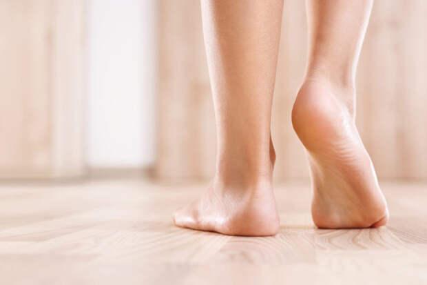 Плоскостопие: причины, симптомы, лечение