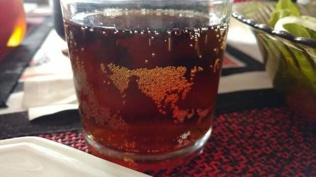 22. Пузырьки сложились в карту, напоминающую Европу и Азию идеально, красиво, перфекционизм, фото, четко