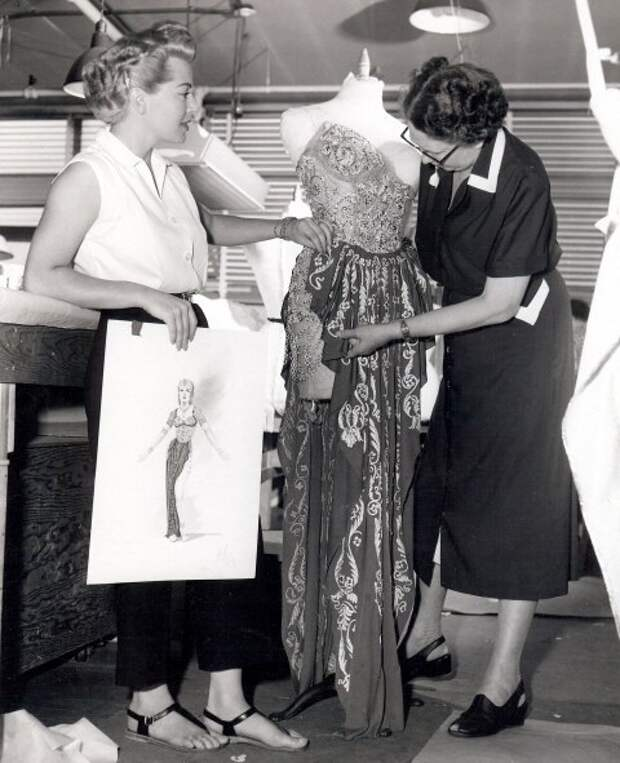 Лана Тернер на съемках фильма «Блудный сын» 1955 год.