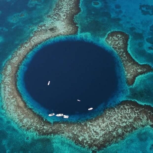 17 реальных мест планеты, которые больше напоминают порталы в вымышленные миры