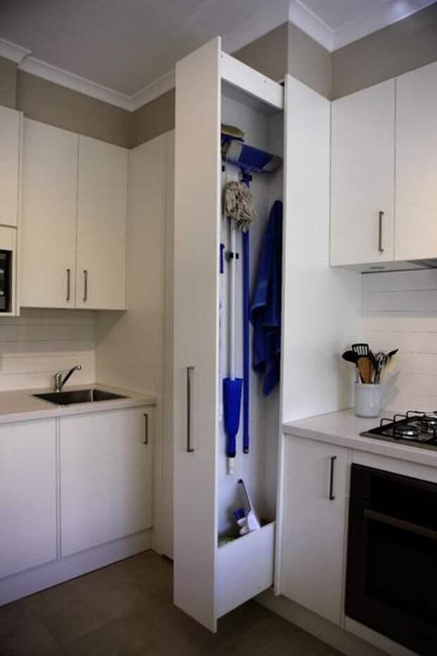 Экономьте место в маленькой квартире: полезные идеи хранения хозинвентаря для уборки