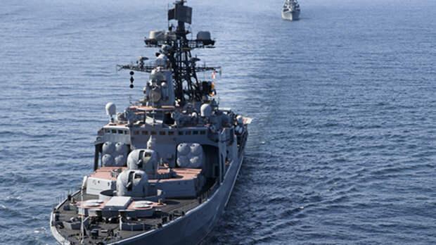 Корабли ВМФ РФ отразили атаку противника на учениях в Каспийском море