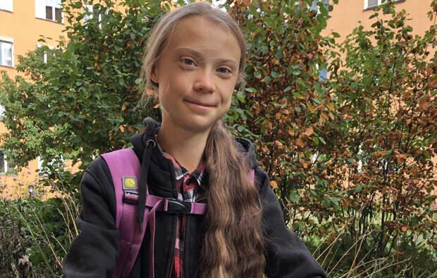 Экоактивистка Тунберг перестала прогуливать школу