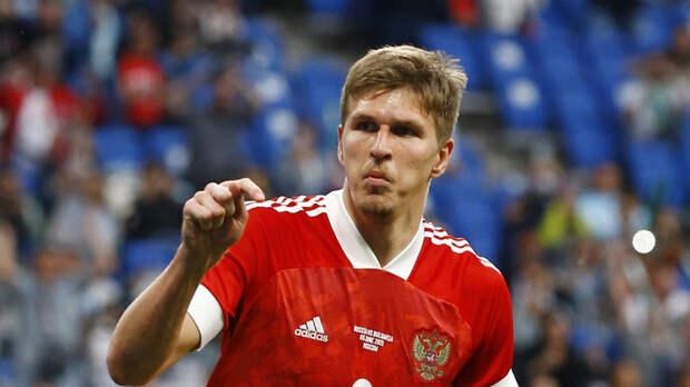Соболев заявил, что России нужно выходить и обыгрывать Данию на Евро-2020