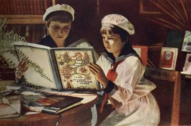 Чтение – лучшее учение. Как в России появились книги для детей