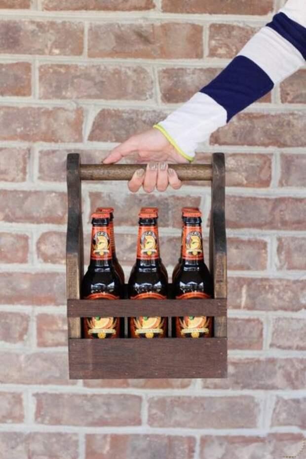 Переноска из дерева для бутылок