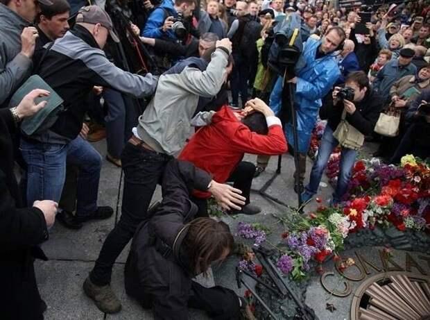 10 лет, чтобы разорвать связь с Россией: Украина отказалась от общей истории и Победы