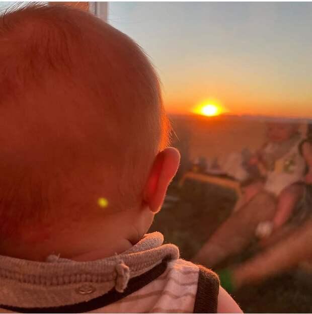 Марк Богатырёв поделился фото с сыном