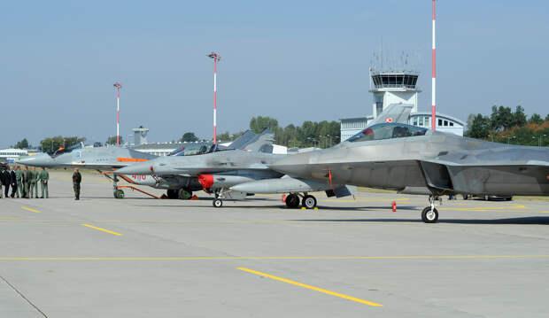 Польша готовит авиабазу в Ласке для размещения истребителей F-35A