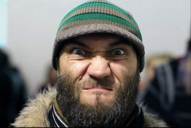 Пассажиры дали отпор группе кавказцев вметро Москвы (ВИДЕО)