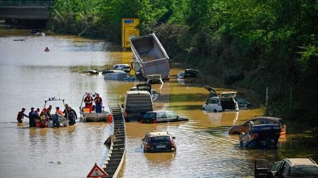 Мощнейшее наводнение в Европе захватывает все новые территории