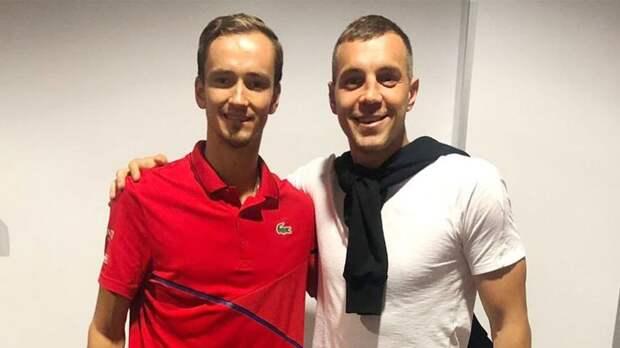 Дзюба отреагировал на выход Медведева в финал Australian Open: «Красава, Даня! Греки, досвидули!»