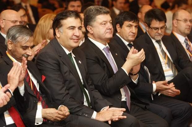 Саакашвили заявил, что будет координировать вопрос предоставления Украине оружия
