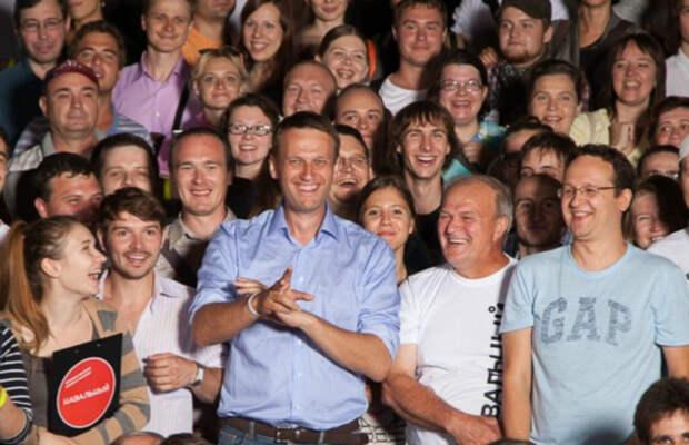 Навальный всем врагам назло не унывает и не сдается!