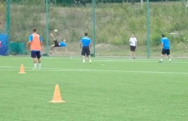 Популярный паблик с 28 млн подписчиков оценил гол с тренировки любительского российского клуба