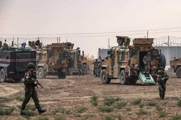 На севере Сирии на пути турецких военных размещены три российские базы