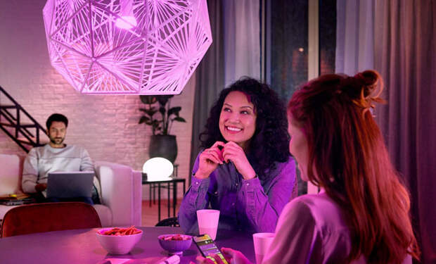 Как создать идеальную атмосферу дома: умное освещение Philips Hue