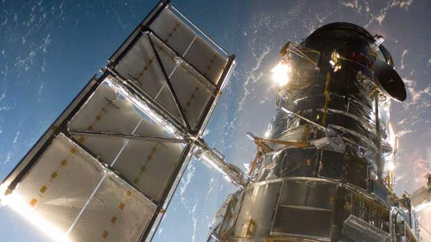 Работавший с 1990-х телескоп Хаббл дал сбой
