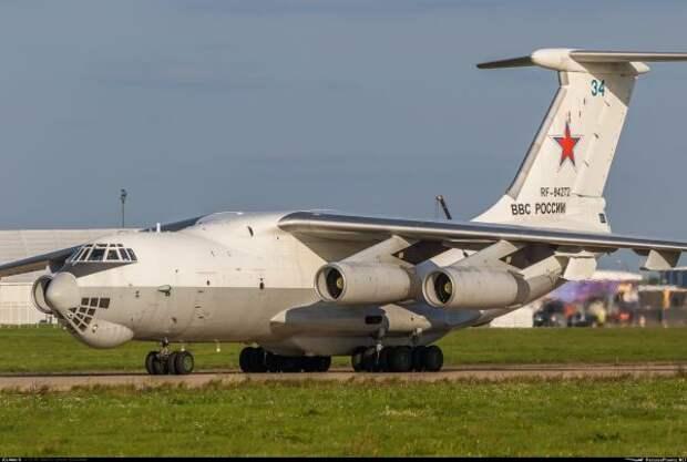 ВОАК отрицают аварийную посадку военного самолета-заправщика вЖуковском