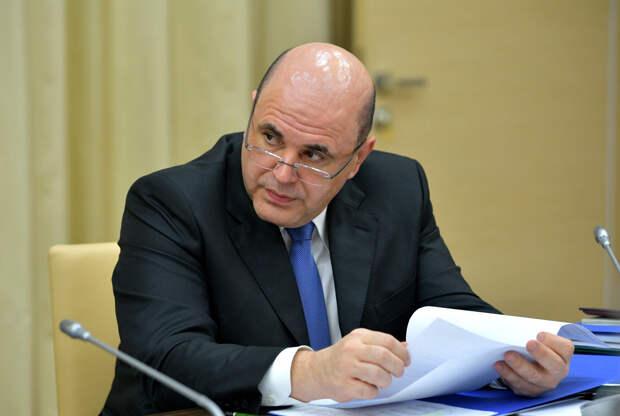 Призыв Мишустина к чиновникам следить за словами стал реакцией на комментарии Трутнева о прогнозной загрузке Севморпути