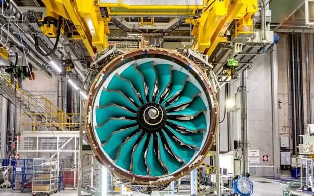 Rolls-Royce разрабатывает крупнейший в мире авиационный двигатель