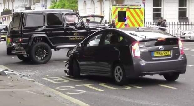 Toyota Prius атакует Brabus G-класса. И побеждает... японец!