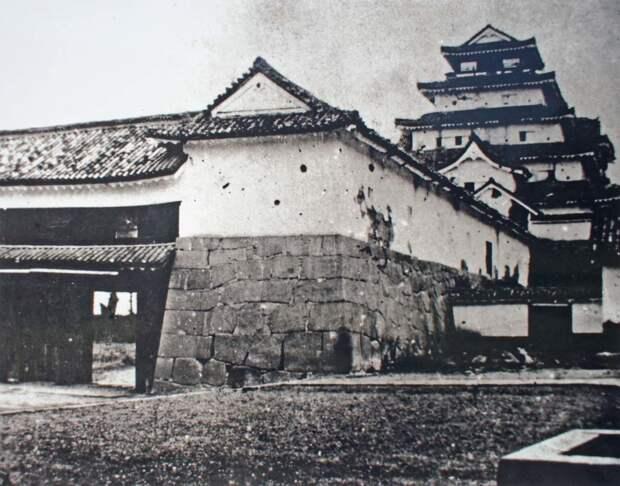 Цитадель Айдзувакамацу после падения, 1868 год jacar.go.jp - Кровавые вехи войны Босин   Военно-исторический портал Warspot.ru